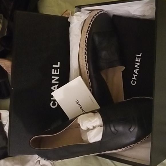 Channel Espadrilles black leather shoes